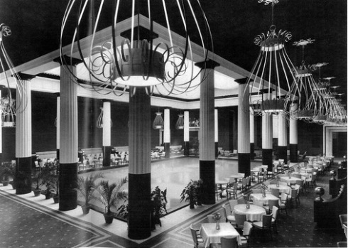 """The Tea Room at the Metropolitan NYC Long gone, it was referred to as the """"Dorotheum"""""""