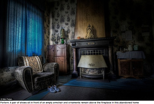 Photographer Niki Feijen's eerie images of the abandoned farm houses  Mail Online - Google Chrome 10122013 55747 AM