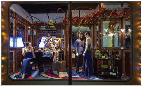 All aboard the Harrods express! First look at luxury store's iconic Christmas 2013 window display  Mail Online - Google Chrome 11252013 83247 AM