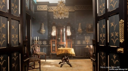 'Dracula' Silk Wallpapers Prove a Feast for the Eyes - Google Chrome 11112013 64936 AM