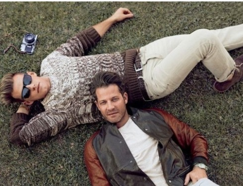 3-Nate Berkus And Boyfriend Star In Banana Republic's First Same-Sex Ads - Google Chrome 2252014 62642 PM